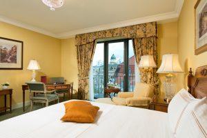Regent5-Berlin-62822729-H1-Deluxe_Room1